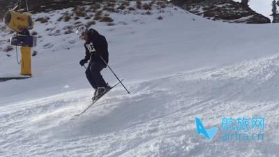 王晓飞滑雪教学——EASY SKI(13)豚跳