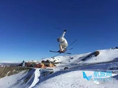 王晓飞滑雪教学——EASY SKI(15)直跳(straight air)