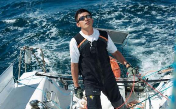 郭川失联前音频曝光 称航行困难2次撞到鲨鱼