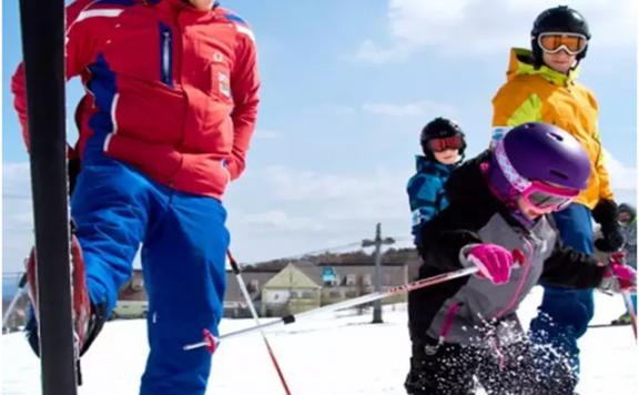 童子军滑雪冬令营