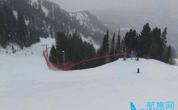 滑雪安全真是由护网来保障的吗?