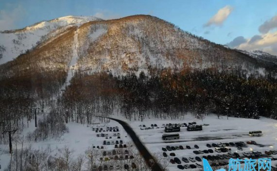 老俞闲话|滑雪板上的束缚与自由