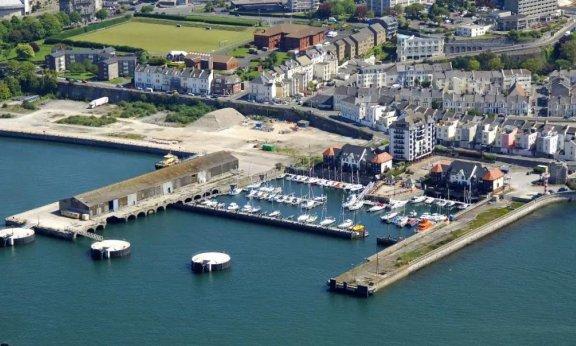 英国游艇码头分布第二篇:普利茅斯