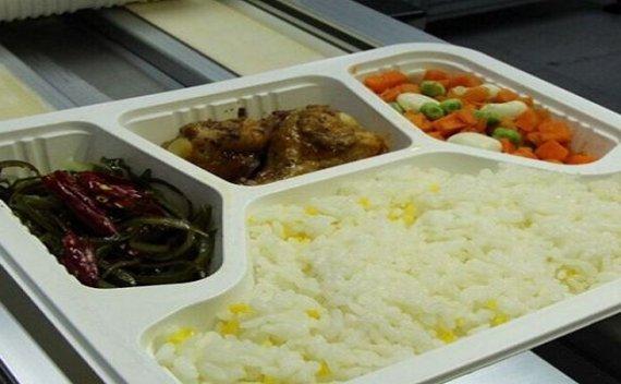 9月29日起,全国铁路将停止使用常温链盒饭